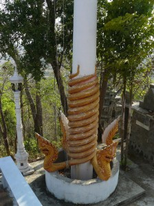 Nagas a tthe high temple